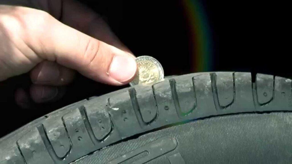 Verificar profundidad dibujo neumáticos